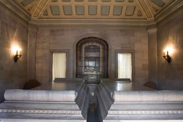 Rae Room, Memorial Day, Oregon Mausoleum