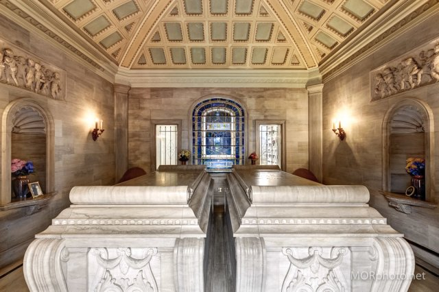 Whispers From The Tomb, oregon, mausoleum, rae room, rae tomb, oregon, history, portland, cemetery, cemeteries